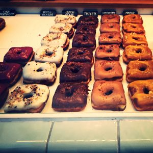 zoete zonde, hoeked, hoeked donuts, doughnuts, little travels, donuts